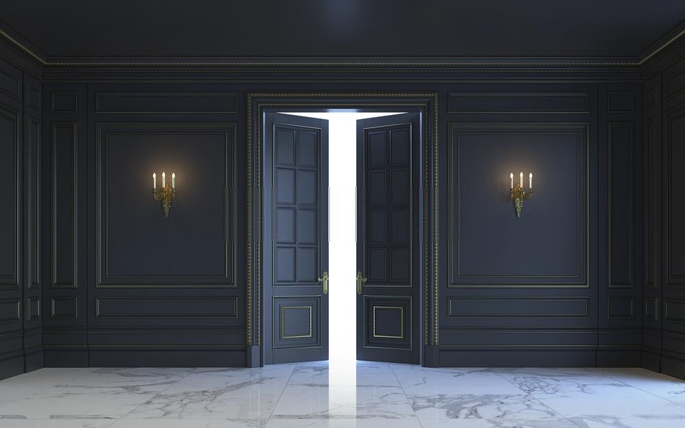 Làm thế nào để làm cho cửa nội thất màu đen làm việc cho bạn